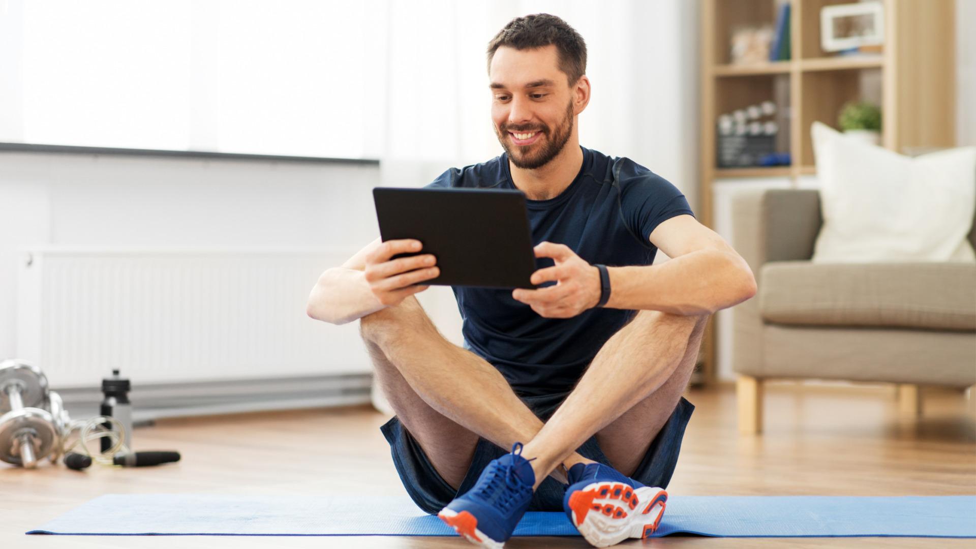 iPadを使ってオンラインフィットネス