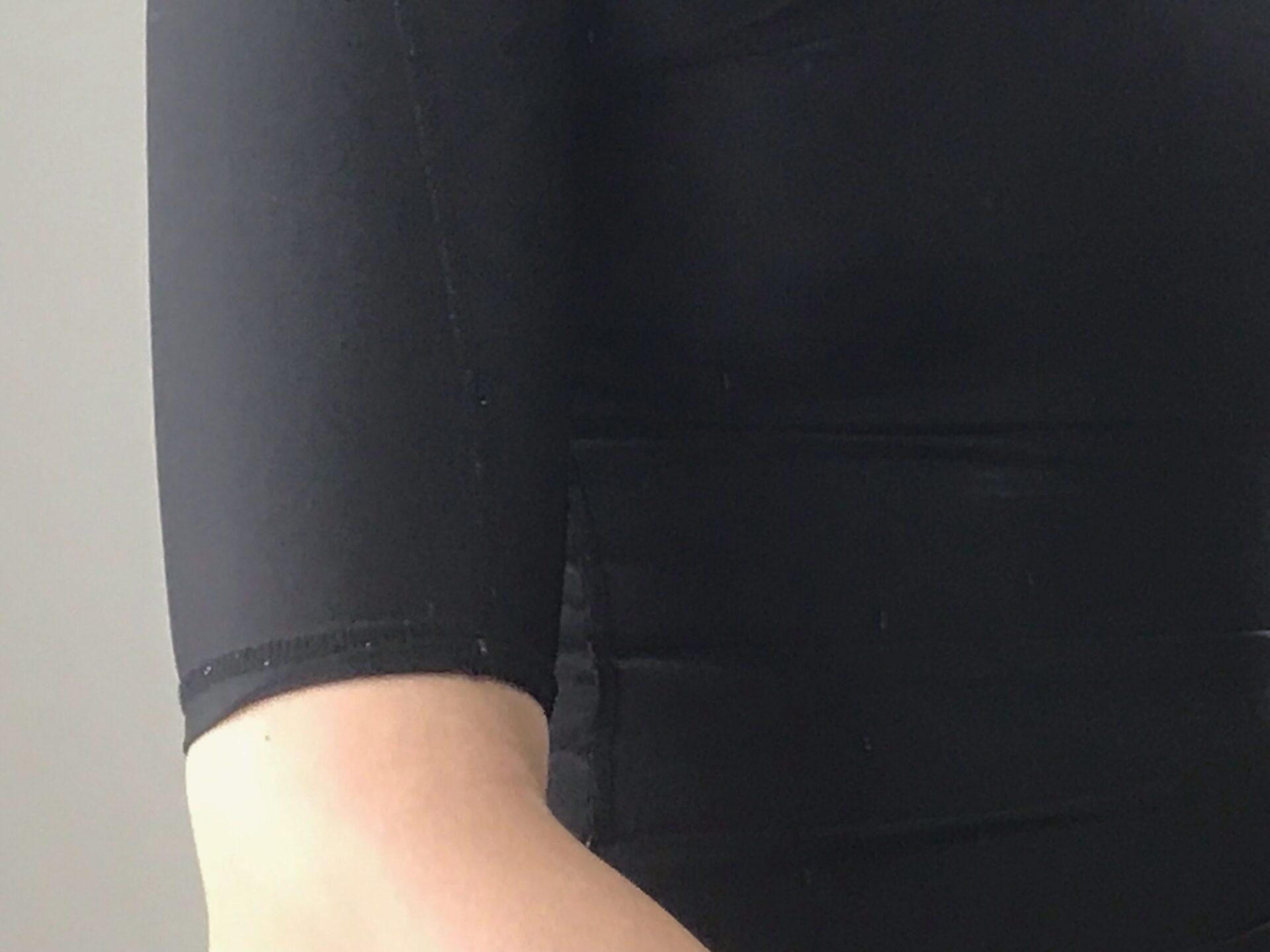 シックスチェンジの加圧シャツの袖丈は長い