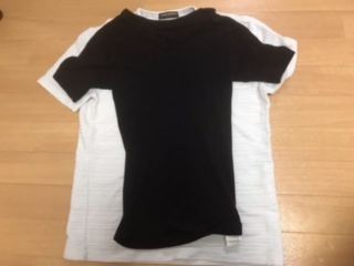 加圧シャツサスケと普通のTシャツ比較